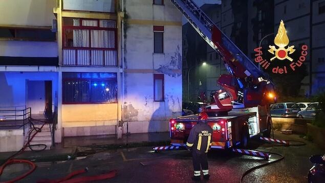 Catanzaro. Incendio in un appartamento, evacuato palazzo