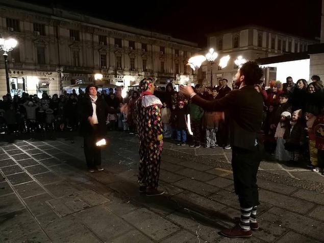 Magic juggling