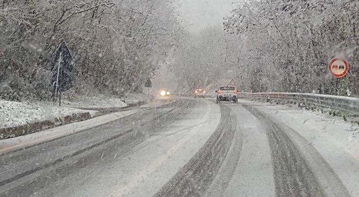 Nevica nel Catanzarese e nel Cosentino anche a quote basse