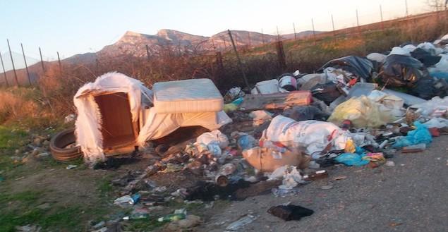 Cassano allo Ionio (CS). Linea dura su abbandono rifiuti