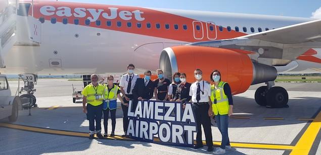 Inaugurato nuovo volo EasyJet da Lamezia per Ginevra