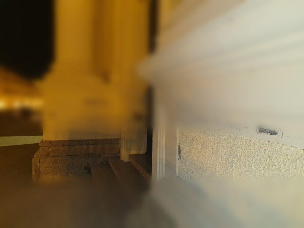 Lamezia. Ignoti imbrattano con scritte volgari la facciata della Cattedrale