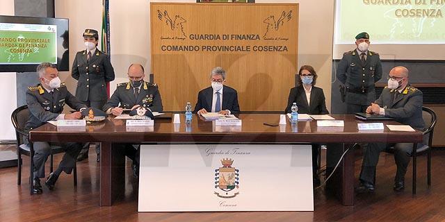 """Operazione """"Sistema Cosenza"""": indagati 15 dirigenti Asp"""