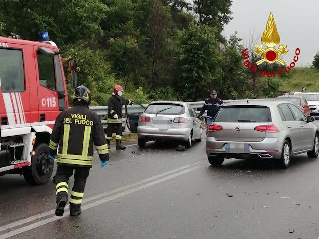 Rende (CS). Incidente stradale sulla SS107, ferito un bambino