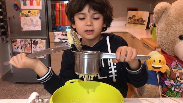 L'ABC della Cucina: le patate sorriso di Aurelio piccolo chef