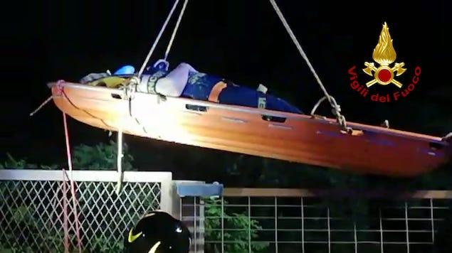 Donna tenta suicidio dal ponte di Catanzaro, salvata dai vigili del fuoco