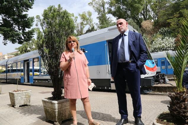 Presentate le nuove automotrici di Ferrovie della Calabria