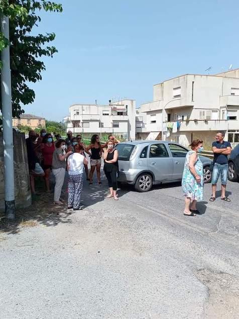 Acqua: disagi in alcune frazioni a Vibo, protesta e blocchi stradali