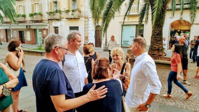 De Magistris a Lamezia: voto di ottobre sarà referendum tra libertà e ricatto
