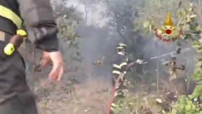 Incendio a San Lorenzo nel reggino, morti donna e nipote