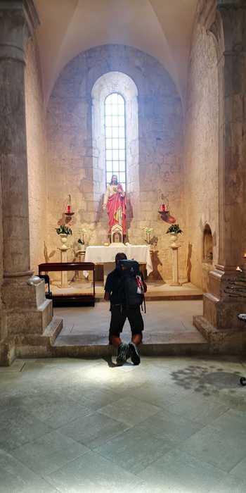 Sacerdote dal cosentino a Roma a piedi per incontrare il Papa