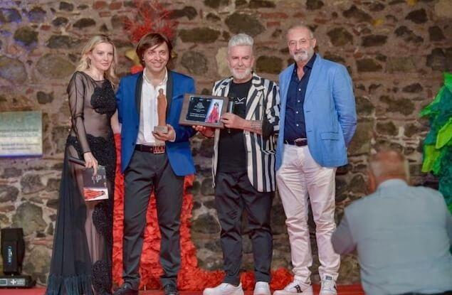 Lo stilista Anton Giulio Grande premiato con due riconoscimenti a Paternò