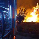 Vasto incendio tra Vibo e Sant'Onofrio, vigili del fuoco impegnati da ieri sera