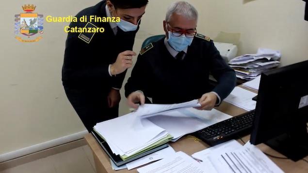 guardia finanza catanzaro