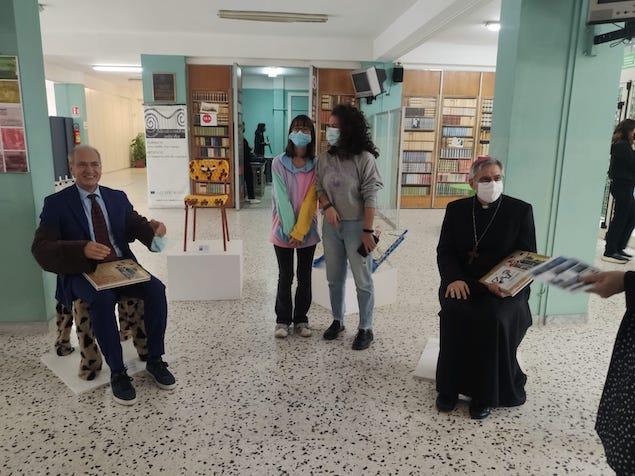 """Il vescovo Schillaci e il sindaco Mascaro ospiti al Liceo """"Fiorentino"""""""